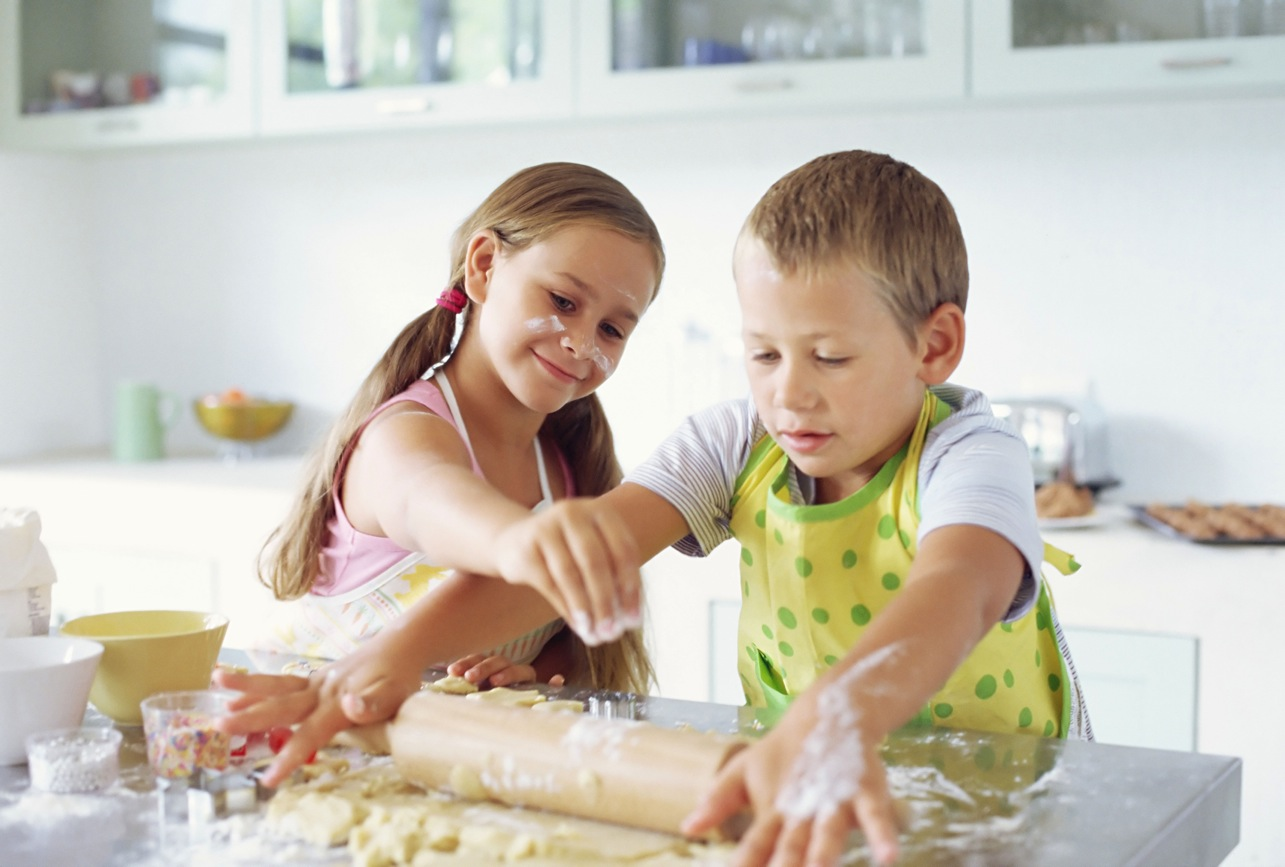 kids-in-kitchen1